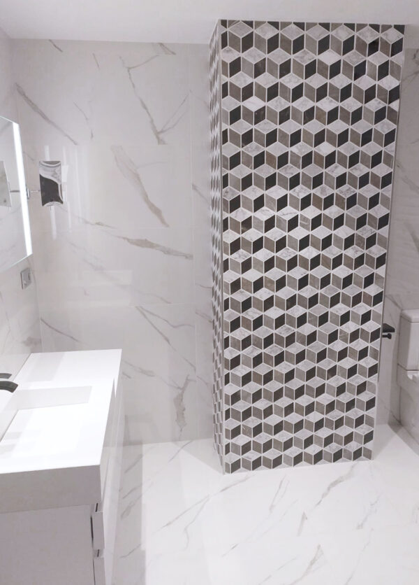 Columna Mosaico Piedra Natural Industrial Atrium Mix Gris