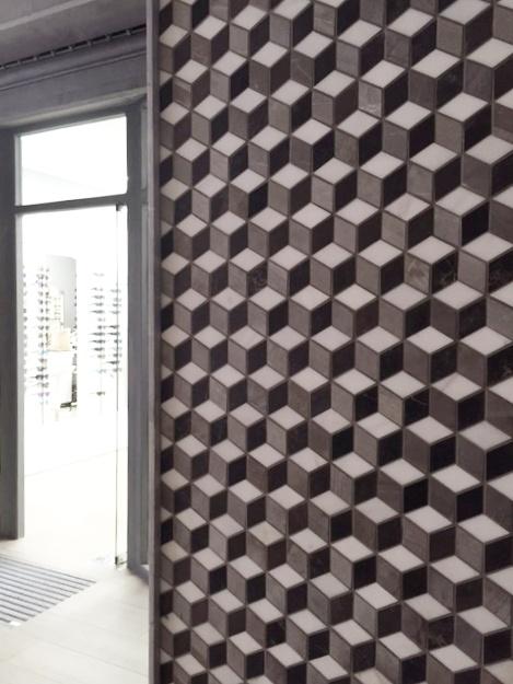 Fachada mosaico Atrium Óptica E.Santolaria