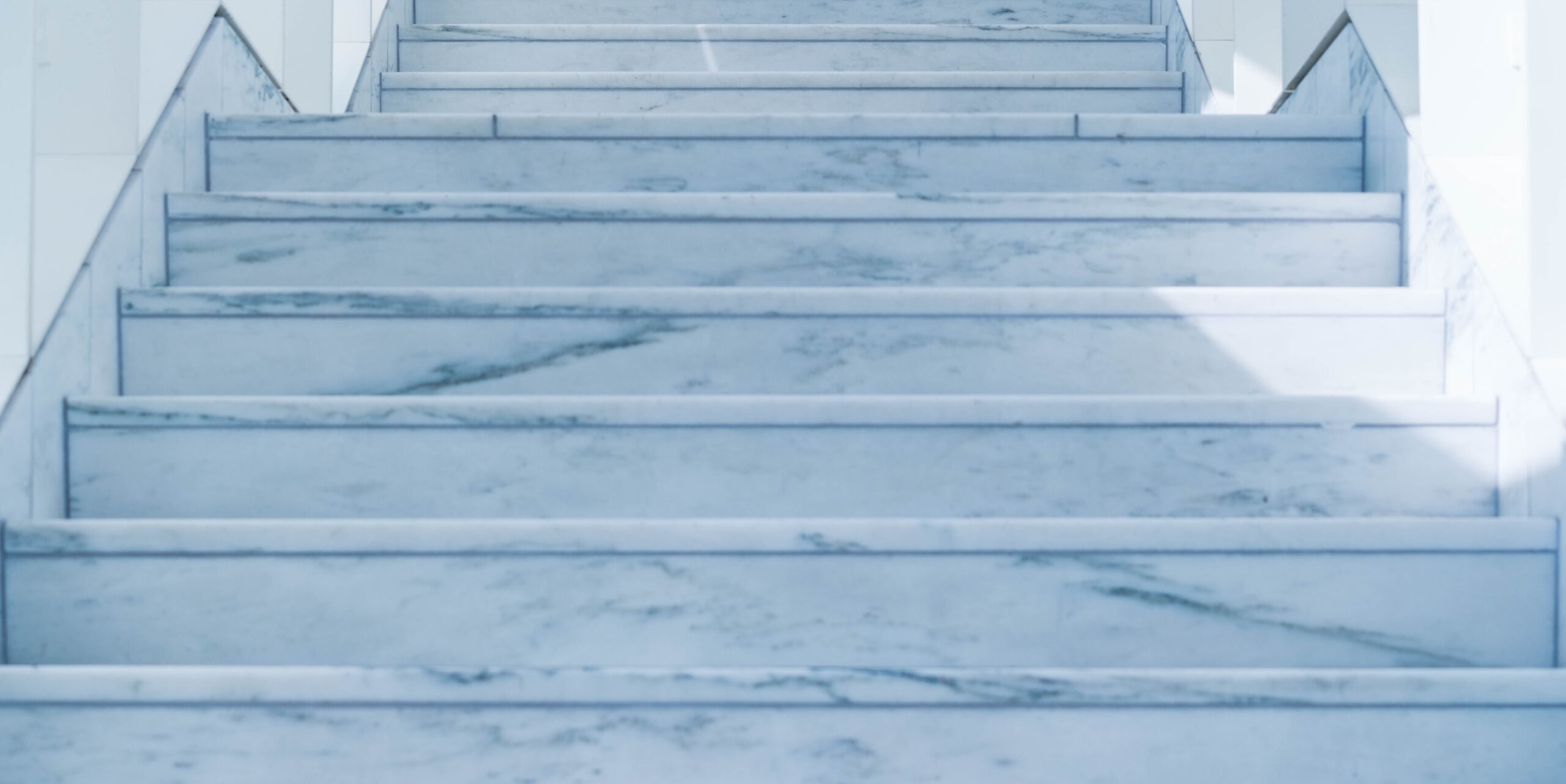 Escaleras piedra natural