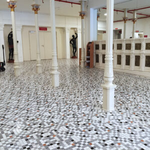 Mosaico Piedra Natural y Cerámica_Teatro de la Comedia de Madrid.